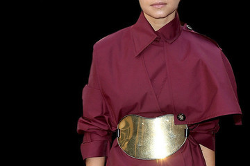 What to Wear: With an Oversized Belt