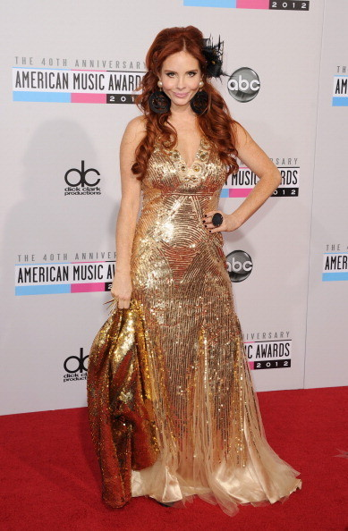 Phoebe Price at the 2012 AMAs