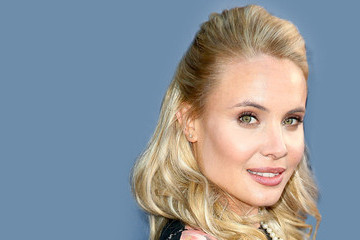 How 'The Originals' Star Leah Pipes Does Halloween