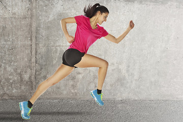 How to Pick the Right Fitness Apparel
