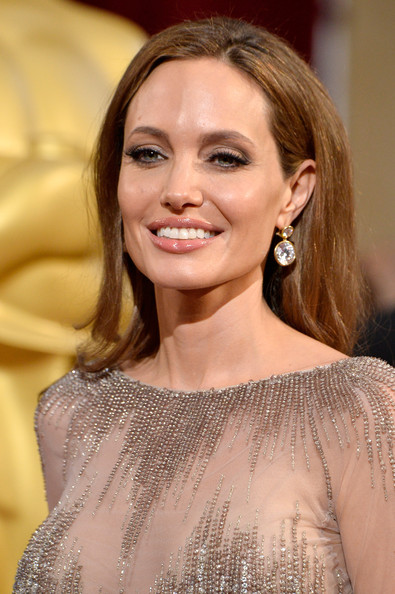 Angelina Jolie - Best Hair And Makeup At The 2014 Oscars - StyleBistro