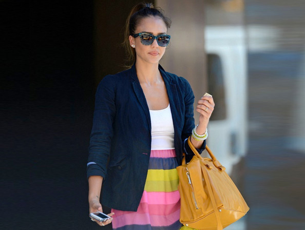 Look of the Day: Jessica Alba's Cute Candy Stripes