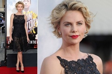 Charlize Theron's Black Lace Dior Dress