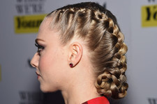 20 Hairstyles for Wet Hair