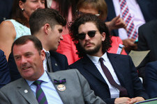 Here's Proof That Jon Snow Is Actually Alive