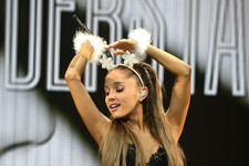 Ariana Grande Gets Festive at the Jingle Ball