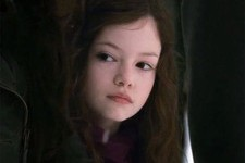 Here's What Renesmee from 'Twilight' Looks Like Now