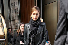 Jessica Alba Rocks All Black in NYC
