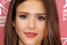 Hair Transformations: Jessica Alba