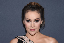 Alyssa Milano's 2018 Women's March Speech Was Rousing and Beautiful