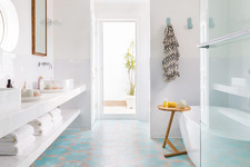 10 Easy Ways To Revamp Your Rental Bathroom