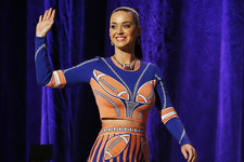 Katy Perry Reveals Superbowl Halftime Details, Rachel Zoe Launching Maternity Line and More