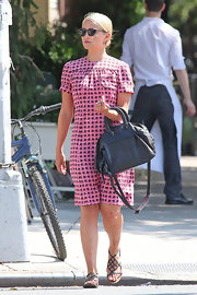Dianna Agron looked simply pretty in pink when she stepped out wearing this mod-inspired patterned shift dress.
