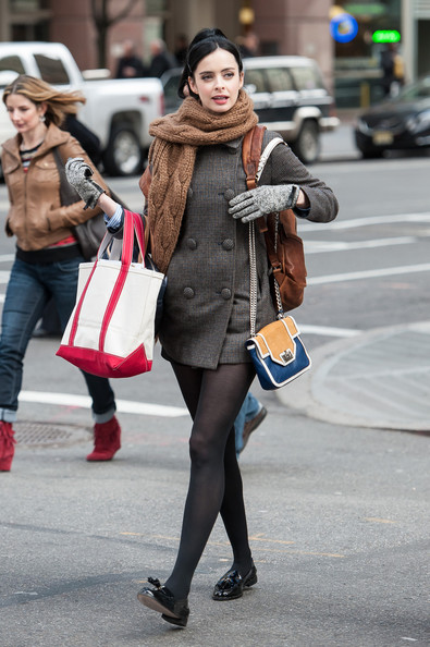 More Pics of Krysten Ritter Tweed Coat (1 of 21) - Tweed Coat Lookbook - StyleBistro
