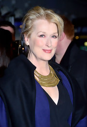 Meryl Streep wore a gold chain statement necklace for the 'Iron Lady' premiere in London.