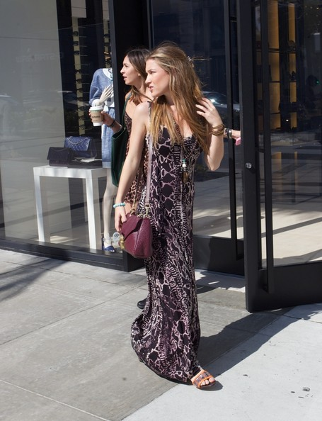 More Pics of Nathalia Ramos Print Dress (1 of 45) - Nathalia Ramos Lookbook - StyleBistro