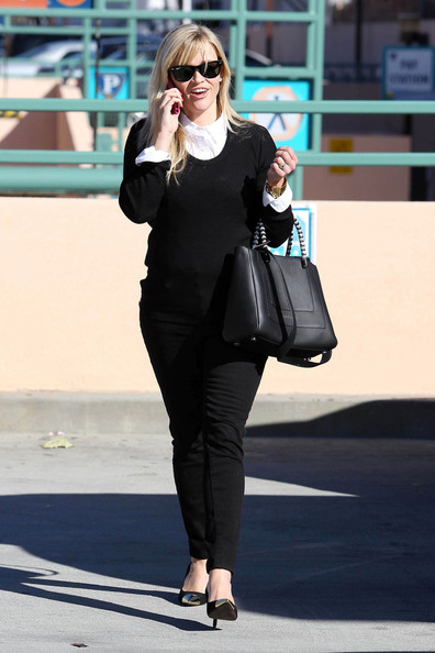 More Pics of Reese Witherspoon Crewneck Sweater (1 of 15) - Reese Witherspoon Lookbook - StyleBistro