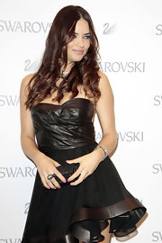 Adriana opted for dark ringlets at the Swarovski soiree in Madrid.