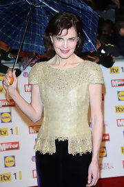 Elizabeth McGovern looked very ladylike in a gold lace blouse at the Pride of Britain Awards.