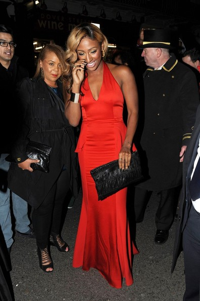 More Pics of Alexandra Burke Oversized Clutch (1 of 4) - Alexandra Burke Lookbook - StyleBistro