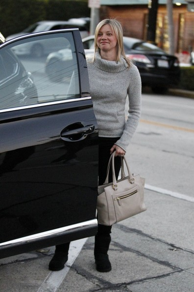 More Pics of Amy Smart Leather Tote (5 of 12) - Leather Tote Lookbook - StyleBistro