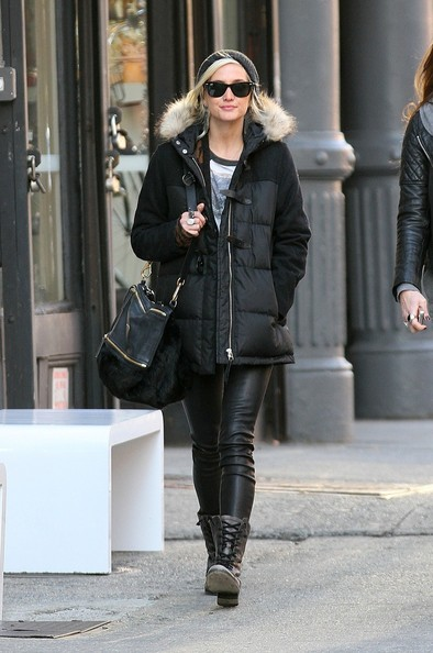 More Pics of Ashlee Simpson Combat Boots (8 of 8) - Combat Boots Lookbook - StyleBistro