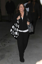 Patricia Heaton carried a playful polka dot tote.