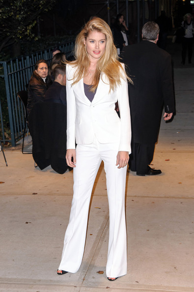 More Pics of Doutzen Kroes Pantsuit (1 of 1) - Doutzen Kroes Lookbook - StyleBistro