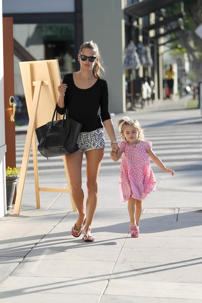 Alessandra Ambrosio and Daughter go to a Salon