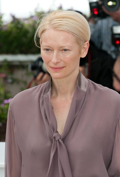 More Pics of Tilda Swinton Button Down Shirt (1 of 4) - Tilda Swinton Lookbook - StyleBistro