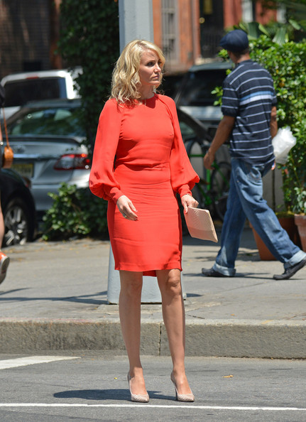 Cameron chose a bright red dress with bell sleeves for her look on set of 'The Other Woman.'