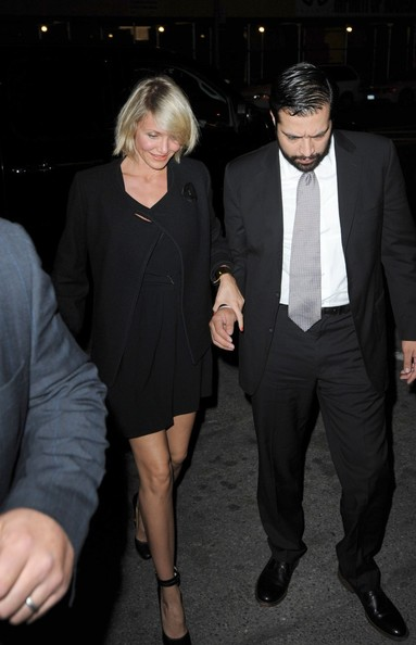 More Pics of Cameron Diaz Strappy Sandals (1 of 4) - Cameron Diaz Lookbook - StyleBistro