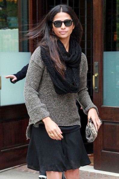 More Pics of Camila Alves Knit Scarf (1 of 15) - Knit Scarf Lookbook - StyleBistro