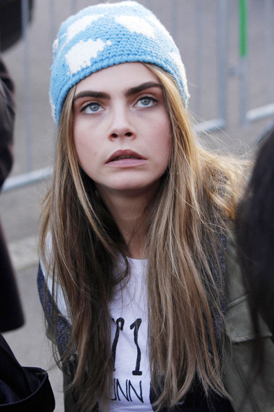 More Pics of Cara Delevingne Knit Beanie (1 of 26) - Knit Beanie Lookbook - StyleBistro