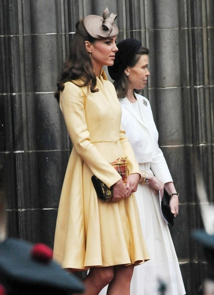http://www2.pictures.stylebistro.com/pc/Catherine+Duchess+Cambridge+arrives+St+Giles+hIEqNgVFc61l.jpg