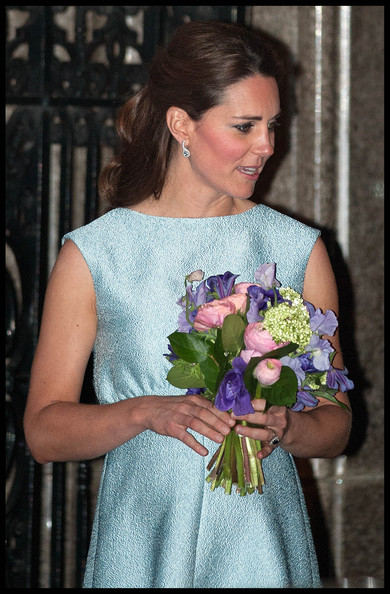 More Pics of Kate Middleton Half Up Half Down (2 of 11) - Updos Lookbook - StyleBistro