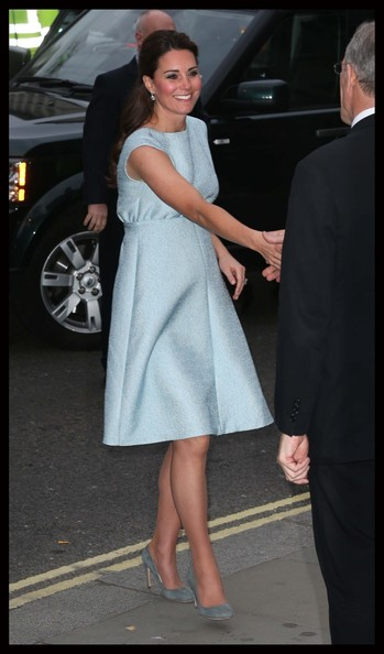 More Pics of Kate Middleton Day Dress (1 of 5) - Kate Middleton Lookbook - StyleBistro
