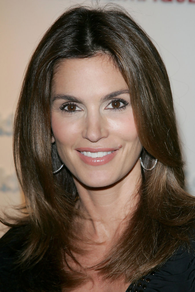 Cindy Crawford Hairstyles May 2017