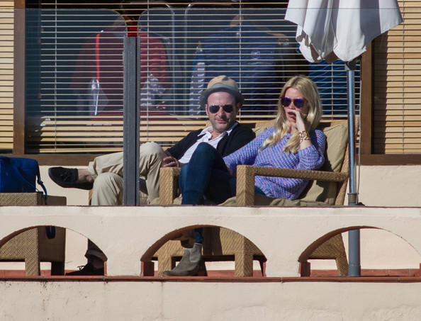 Claudia Schiffer Shops with Her Family — Part 2
