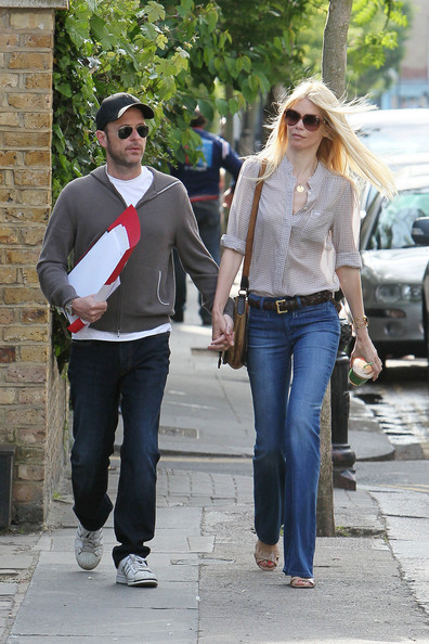 Claudia Schiffer and Her Daughter in London