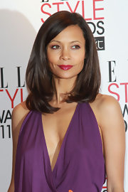 Thandie Newton rocked sleek straight shoulder length locks with a chic side part. She finished off her look with glossy red lips.