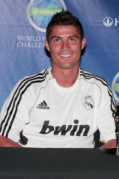 Cristiano showed off her dark and spiked hair at the press conference for the 2011 Herbalife World Football Challenge.
