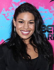 Jordin pulled back her raven hair into a side sweep for a casual but sexy hairdo.