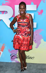 Tichina Arnold rocked a rose-print kaleidoscopic dress at the Pre-BET Awards Celebration Dinner.