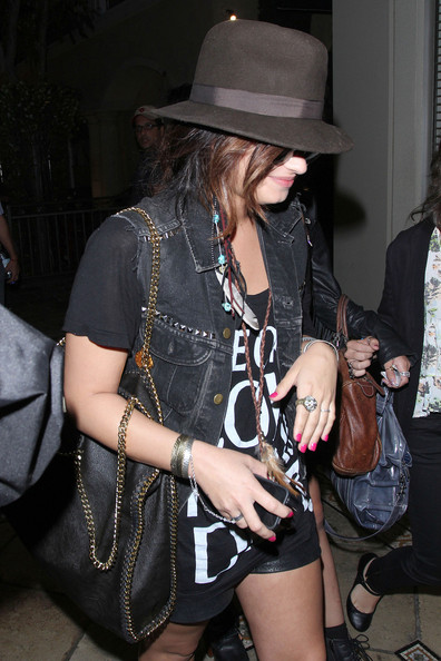 More Pics of Demi Lovato Fedora (1 of 17) - Demi Lovato Lookbook - StyleBistro