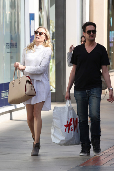 More Pics of Diane Kruger Wayfarer Sunglasses (1 of 13) - Diane Kruger Lookbook - StyleBistro