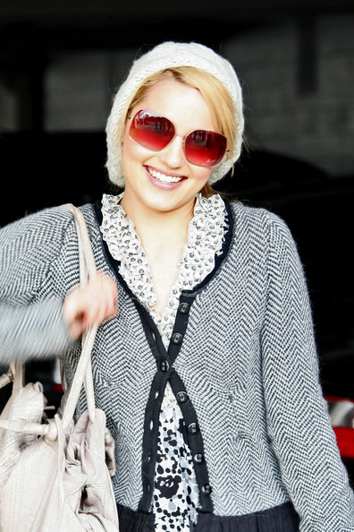 More Pics of Dianna Agron Square Sunglasses (1 of 7) - Dianna Agron Lookbook - StyleBistro