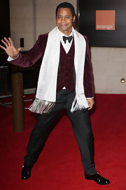Not many men can pull off a wine velour blazer but Cuba Gooding Jr. has this look in the bag.