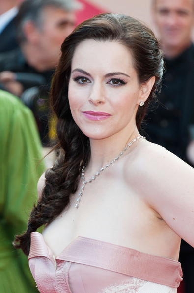 Emily Hampshire was a vision in pink, working in the color to every aspect of her look.