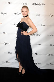 Chloe Moretz looked romantic at the Metropolitan Opera's premiere of 'Manon' wearing this frothy tiered number.